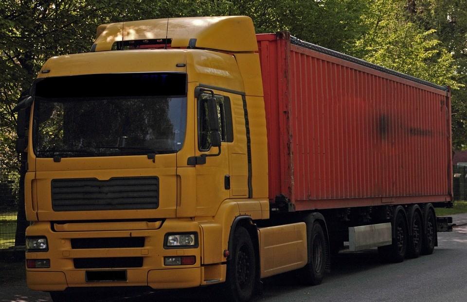 Transport paletowy – na czym należy się skupić?